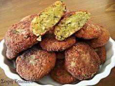 Ρεβυθοκεφτεδες! ΥΛΙΚΑ 2 κούπες ρεβύθια 1 μεγάλη πατάτα ξεφλουδισμένη,βρασμένη και λιωμένη 4 κρεμμυδάκια χλωρά ψιλοκομμένα ή 2 ξερά μαιντανο άνηθο αλάτι πιπέρι κύμινο ρίγανη 1-2 σκελ.σκόρδο τριμμένες αλεύρι για το τηγάνισμα λάδι για το τηγάνισμα ΕΚΤΕΛΕΣΗ Μουλιάζουμε από βραδύς τα ρεβύθια με 1 κ.γ αλάτι.Την επομένη τα ξεπλένουμε και τα πολτοποιούμε στο πολυμίξερ.Ενώνω όλα τα … Appetizer Recipes, Snack Recipes, Cooking Recipes, Snacks, Greek Cooking, Greek Dishes, Vegan Dishes, Greek Recipes, Different Recipes