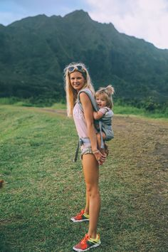 Hiking to Lulumahu Falls - Barefoot Blonde by Amber Fillerup Clark