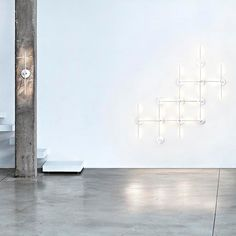 LIGHTSPRING: Discover the Flos wall and ceiling lamp model LIGHTSPRING