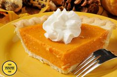 This sweet potato pie is so delicious! Simple and easy to prepare, this dessert is a good, old-school one that everybody loves. The ideal combination of in