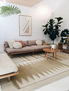 Awesome 75 Comfy Scandinavian Living Room Decor Ideas https://idecorgram.com/1178-75-comfy-scandinavian-living-room-decor-ideas