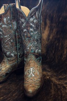 Corral Ladies Turquoise & Bronze Sparkly Snip Toe Boot R1255 | Cowby Boots and Western Clothing | Painted Cowgirl Western Store