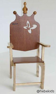 Throne Chair ハンドメイドで子供用おもちゃや家具を製作しているhebekidsの王様チェアです。お誕生日会などでバーンと登場すると喜ばれそうです。 個人輸入代行をご検討の際は、弊社にお問合せください。 http://cargts.com/script/mailform/daikou/
