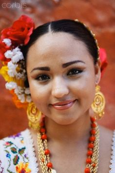 Traditional Mexican Women | Smiling woman in traditional Mexican clothing - 42-34247325 - Rights ...