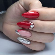 Expand style to your nails with nail art designs. Used by fashion-forward personalities, these nail designs will add immediate glamour to your outfit. Simple Nail Art Designs, Beautiful Nail Designs, Easy Nail Art, Cute Spring Nails, Cute Nails, Pretty Nails, Summer Nails, Red Nails, Hair And Nails