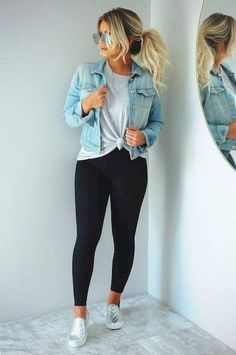 26 Ladies Outfit Trends That Will Make You Look Stylish Outfit Outfit Spring summer fashion outfits! Casual fashion cute and chic teenage outfits how to wear casual outfits ideas 2019 winter outfits Elegantes Outfit Mit Jeans, Vetement Fashion, Outfit Jeans, Cute Jean Jacket Outfits, Legging Outfits, Dress Jean Jacket, Leggings Fashion, Denim Jacket Outfit Winter, Black Jacket Outfit