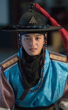 ถูกฝังไว้ Asian Actors, Korean Actors, My Shy Boss, Queen For Seven Days, Yeon Woo Jin, Seung Hwan, Kbs Drama, Watch Drama, Traditional Dresses