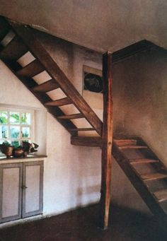 wooden stairs - again, for a gite ; Garage Stairs, Attic Stairs, Basement Stairs, House Stairs, Stair Plan, Wooden Stairs, Spiral Staircase, Small Staircase, Wood Staircase