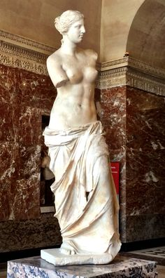 Venus de Milo, Louvre, Paris 2014 Anatomy For Artists, Marble Art, Renaissance Art, Archaeology, Art Inspo, Art Reference, Bodies, Art Drawings, Illustration Art