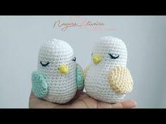 Crochet Birds, Cute Crochet, Crochet Hats, Puppets, Hello Kitty, Crochet Ball, Knitting Toys, Crochet Bag Patterns, Crochet Sachet