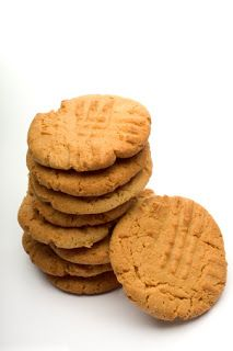 Health Dash: peanut butter almond flour cookies