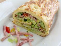 Madroulade31 Cilantro Recipes, Avocado Salad Recipes, Food N, Good Food, Food And Drink, Pasta Primavera, Healthy Cooking, Cooking Recipes, Avocado Creme