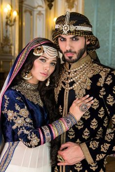 Pakistani Bride and Groom, models Ayyan Ali and Omar Borkan Indian Dresses, Indian Outfits, Indian Clothes, Costume Ethnique, Asian Bridal, Herren Outfit, Outfit Trends, Pakistani Bridal, Indian Wear