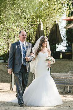 Bride walking down the aisle - Love her wedding dress // Anita Martin Photography