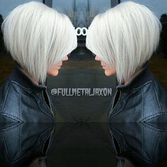 Beautiful styles for the outgrowth of Bob - All For Bob Hair Trending Haircuts For Fine Hair, Short Bob Hairstyles, Pretty Hairstyles, Medium Hair Styles, Short Hair Styles, Haircut And Color, Great Hair, Silver Hair, Hair Dos