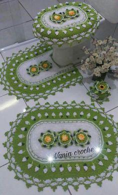 Image gallery – Page 383931936975783383 – Artofit Crochet Doily Rug, Crochet Bra, Bathroom Sets, Crochet Projects, Decoupage, Unique Gifts, Decorative Plates, Diy Crafts, Handmade