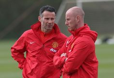 Nicky Butt: Ryan Giggs can step up