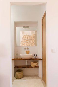 Your Mallorcan finca spacious room