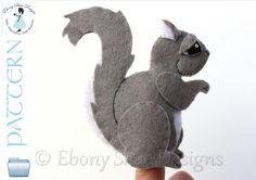 Felt Squirrel Finger Puppet PATTERN. Instant Download sewing Pattern for squirrel finger puppet PDF.
