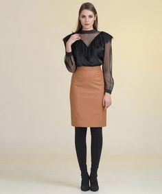 Φούστα Στενή Δερματίνι Women's Skirts, Style, Fashion, Swag, Moda, Fashion Styles, Fashion Illustrations, Outfits