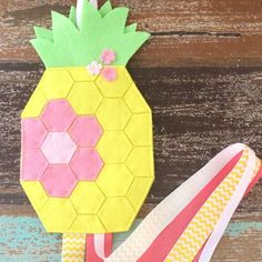 Keep little hair clips organised with this sunny pineapple hair clips holder made from 100% pure new wool felt and grosgrain ribbon to hang the clips on.