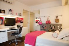 IDEAS PARA DORMITORIOS DE CHICAS by dormitorios.blogspot.com DORMITORIO FUCSIA Y BLANCO