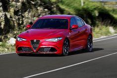 Alfa Romeo Giulia 2017: Para Estados Unidos tiene estos precios (•Alfa Romeo Giulia 2017: $37,995 dólares) (•Alfa Romeo Giulia Ti 2017: $39,995 dólares) (•Alfa Romeo Giulia Quadrifoglio 2017: $72,000 dólares)