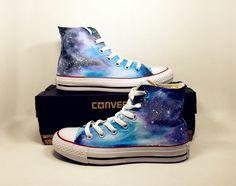 Galaxy Converse Sneakers Custom Schuhe von AlicepaintingDesign auf Etsy https://www.etsy.com/de/listing/479432960/galaxy-converse-sneakers-custom-schuhe
