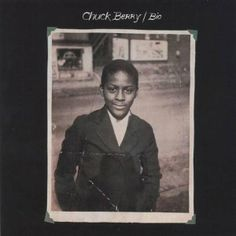 Bio by Chuck Berry Rock Roll, Rock N Roll Music, Chuck Berry Songs, Chess Records, Blues, Vocal Coach, Estilo Rock, Young Celebrities, Vintage Vinyl Records