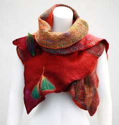 Saturday 5 & Sunday 6 March 16 GODDESS SHAWL We will learn how to make and combine different ways of layouts in order to create soft and strong felted fabric that drapes wonderfully and holds its...