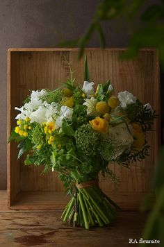 Yellow Flowers, Pretty Flowers, Colorful Flowers, Wedding Bouquets, Wedding Flowers, Nosegay, Nature Decor, Amazing Flowers, Flower Making
