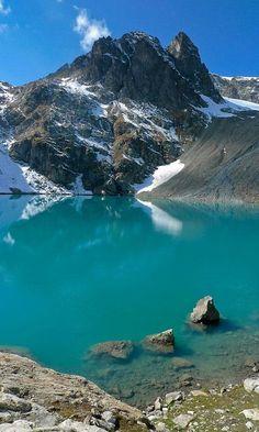 Another gem: Shimshal Lake, Shimshal Valley, #GilgitBaltistan Pakistan #lp #nature pic.twitter.com/hbY7mctGqg @FarhanKVirk