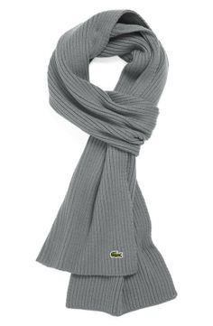 The everyday wool scarf