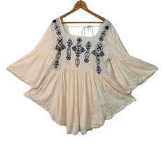 FREE PEOPLE Embroidered Eyelet Peasant Top Sz L Boho Flowing Hippie Shirt Large #FreePeople #Blouse