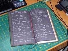 @IchiYamada_Lynx made this customised black paper TN insert. Looks like a chalkboard, love it!