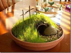Look at this beautiful Easter Garden!! I soooo want to do this with my kids!