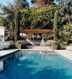 cool pool + amanda peet's house #decor #pool