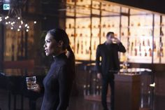 Lucifer 2x01 - Everything's Coming Up Lucifer