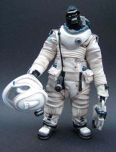 Apexplorer Space Adam action figure by Hot Toys and Winton Ma