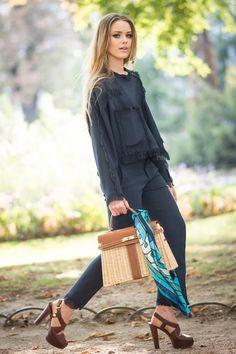 Pin for Later: 13 neue Modeblogger und Street Style Stars Kristina Bazan Kristina kommt aus der Schweiz und schreibt auf Kayture zum Beispiel über Styling und Musik. Bilder von ihren Fotoshoots findet ihr hier.