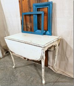 white distressed table, Petticoat Junktion
