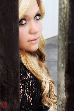 Senior 2014 beauty queen love future unique photography poses blonde girls hope moving forward recipe super hot gorgeous Delilah forever studio kiss