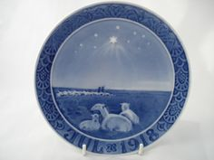""" 1919 "" ROYAL COPENHAGEN CHRISTMAS OLD PLATE 
