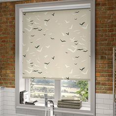 Splash Flight Linen Roller Blind