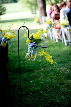 Country-Chic-Blue-Yellow-Virginia-Wedding-Ethan-Yang-Photography-38.jpg 512×768 pixels
