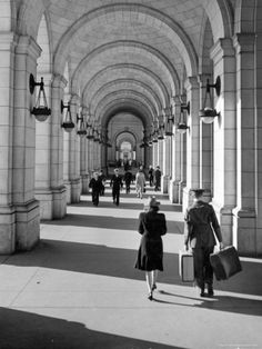Arched Walkway at Front of Union Station