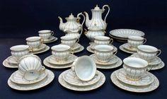 Kaffee -/ Teeservice Porzellanmanufaktur Meissen nach 1934, X-Form für 12 Personen, 12 Gedecke (3-t