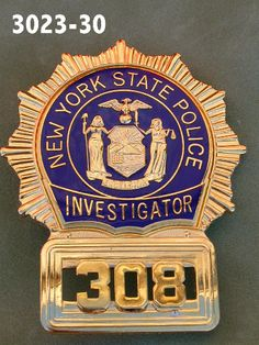 NYPD collectibles and badges Local Police, State Police, Police Badges For Sale, Detective, Good Prayers, Fire Badge, Law Enforcement Badges, California Highway Patrol, New York Police