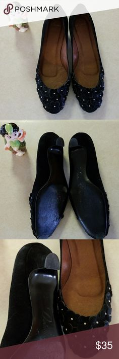 Delman Floral Black Kitten Heels Size 7.5 black suede with pony hair flowers, cute! see pictures for condition, great craftmanship, lined in leather. bundle and save. Delman Shoes
