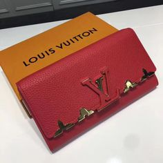 Louis Vuitton Calfskin New Wave Chain MM calf leatherCalf-leather trimMicrofiber liningGold-color hardwareRemovable handle with colorful Louis Vuitton signatureLong shoulder chain strap with leather padFlat p Louis Vuitton Red Purse, Louis Vuitton 2017, Louis Vuitton Wallet, Vuitton Bag, Louis Vuitton Handbags, Designer Bags For Less, Red Bags, New Wave, Christmas Sale